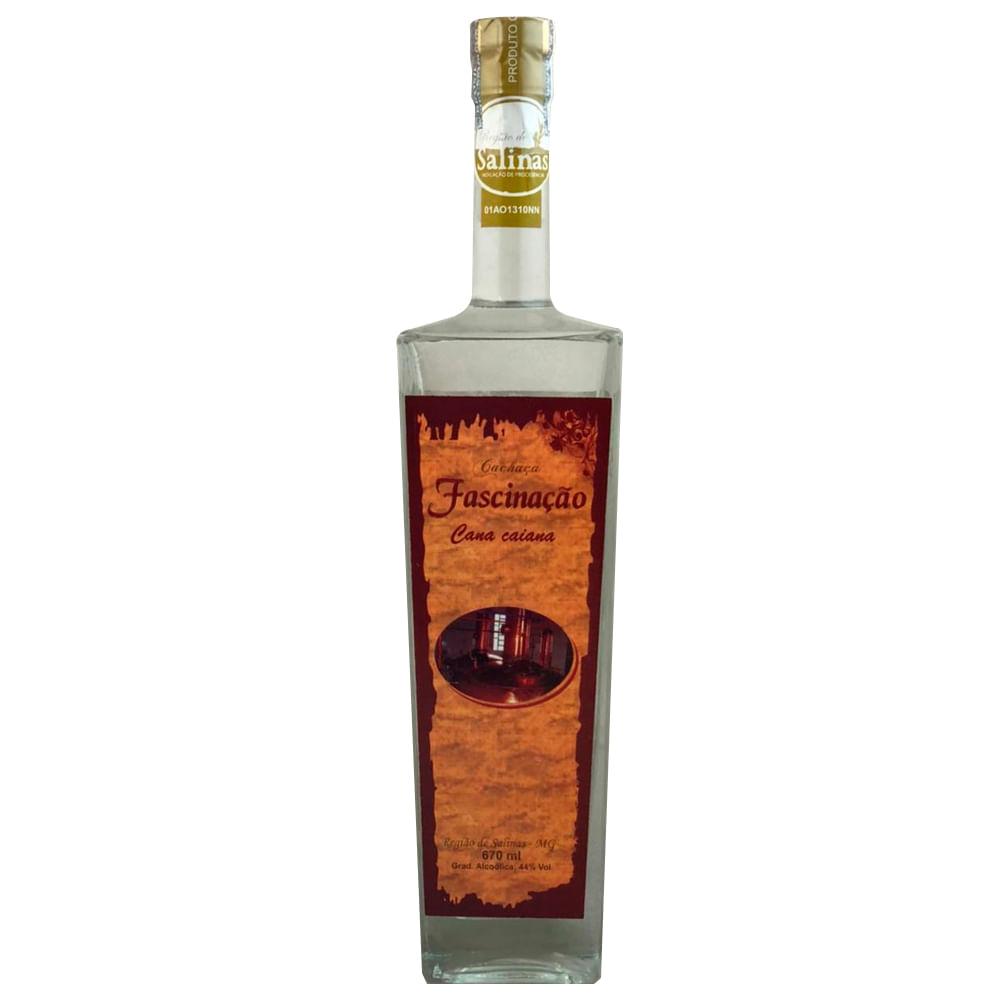 cachaca-fascinacao-cana-caiana-garrafa-alta-prata-670ml-00557_1