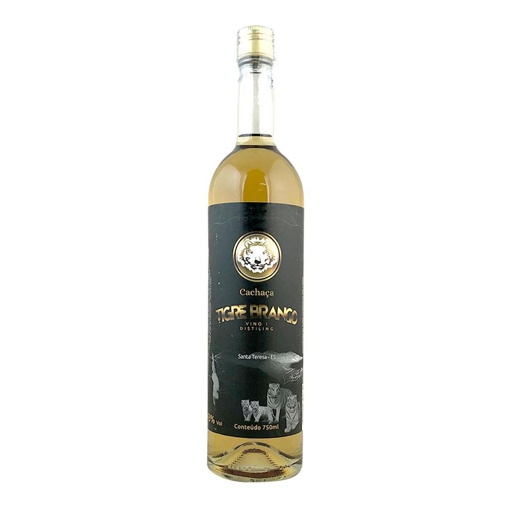 cachaca-tigre-branco-carvalho-750ml-041744_1