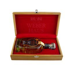 kit-madeira-weber-haus-cachaca-extra-premium-reserva-especial-6-anos-750ml-00973_1